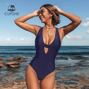 Cupshe womens navy deep V one piece swimsuit